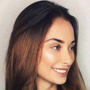 Gina Shkeda 5 of 9