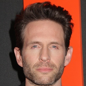 Glenn Howerton 7 of 10