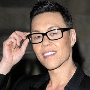 how to look good naked gok wan