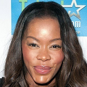 Golden Brooks 7 of 10