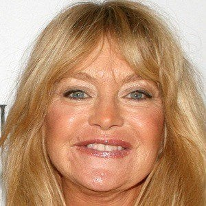Goldie Hawn 2 of 10