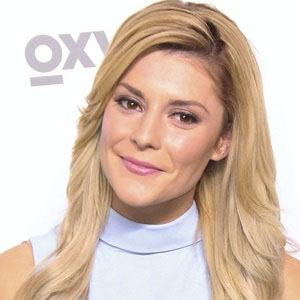 Grace Helbig 3 of 6