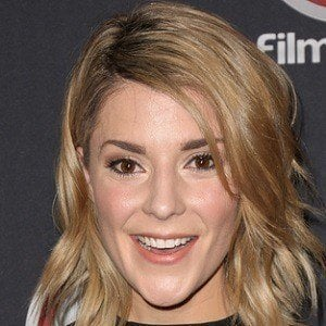 Grace Helbig 4 of 6