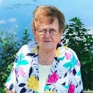 Grandma Lill 7 of 10