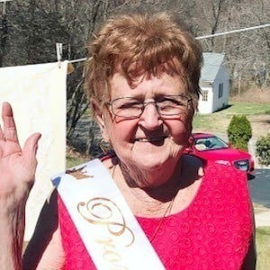 Grandma Lill 10 of 10