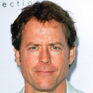 Greg Kinnear 2 of 9