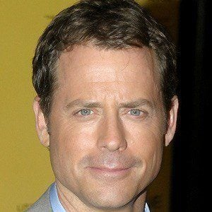 Greg Kinnear 5 of 9