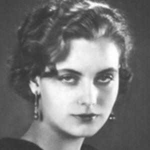 Greta Garbo 6 of 10