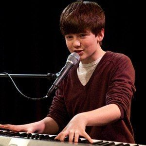 Greyson Chance 8 of 10