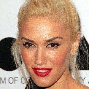 Gwen Stefani 4 of 10