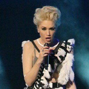 Gwen Stefani 7 of 10