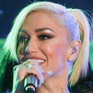 Gwen Stefani 8 of 10