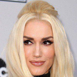 Gwen Stefani 9 of 10