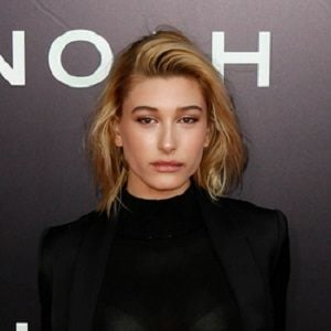 Hailey Baldwin 2 of 10