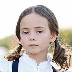 Hala Finley 4 of 6