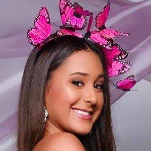 Haley Bujeda 4 of 6