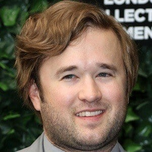 Haley Joel Osment 9 of 10