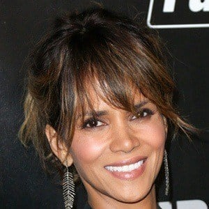 Halle Berry 6 of 10