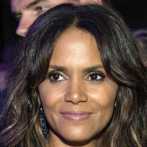 Halle Berry 9 of 10