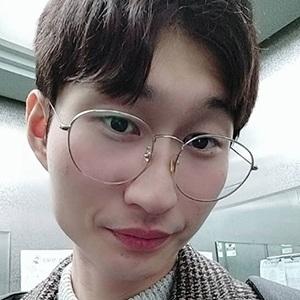 Han Jongdae 5 of 5
