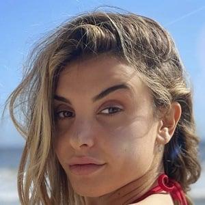 Hana Giraldo Headshot 10 of 10