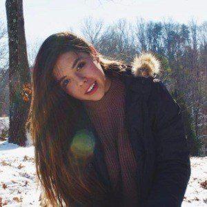 Hannah Ashton 4 of 5