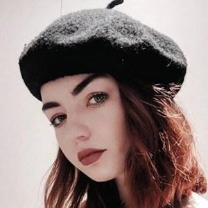 Hannah Louise Farrington 3 of 6