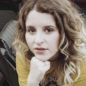 Hannah Grace 5 of 6