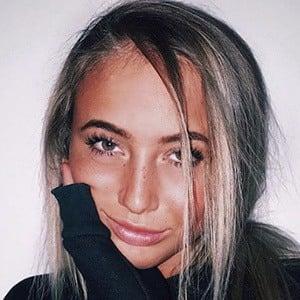 Hannah Harrell 3 of 5