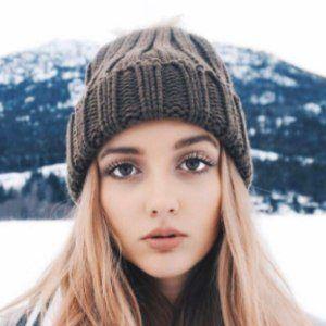 Hannah Linderman 3 of 10