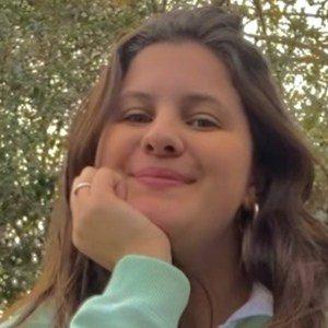 Hannah Pistoia Headshot 3 of 3