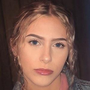 Hannah Simpson 5 of 5