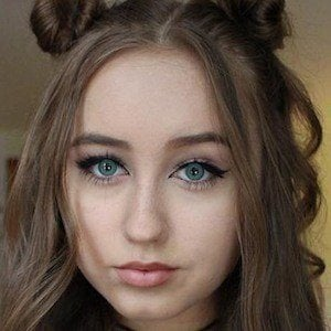 Hannah Stone 6 of 7