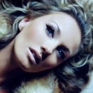 Hannah Strafford-Taylor 5 of 6
