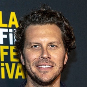 Hayes MacArthur 8 of 10