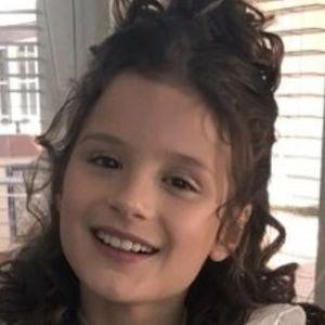 Hayley LeBlanc 4 of 10
