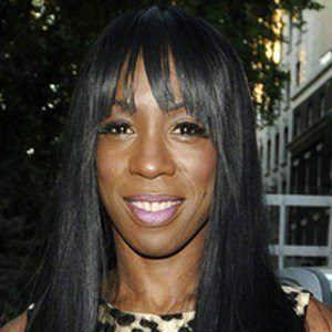 Heather Small 2 of 5