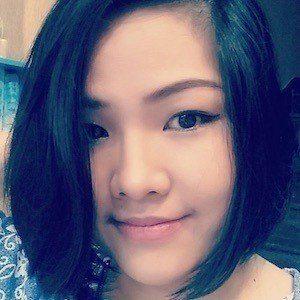 Helen Le 2 of 4