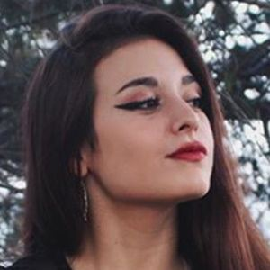 Helen Riu 4 of 5