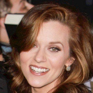 Hilarie Burton 7 of 10