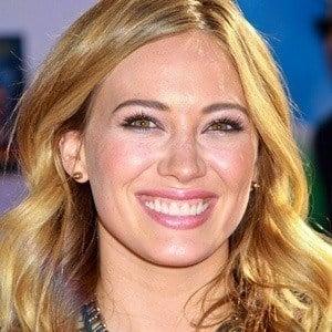 Hilary Duff - Bio, Facts, Family | Famous Birthdays  Hilary Duff