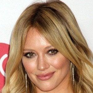 Hilary Duff Headshot 7 of 9