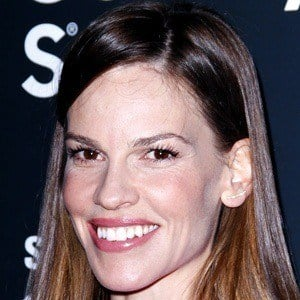Hilary Swank 6 of 10