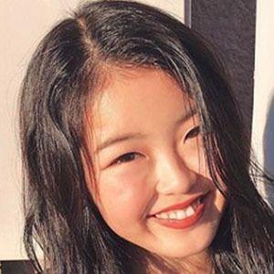 Hina Yoshihara 5 of 5