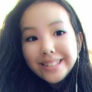 Hiu Yi Cheung 3 of 4