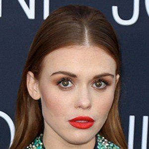 Holland Roden 7 of 10