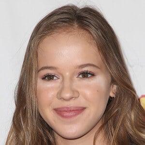 Holly Barrett 3 of 3