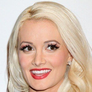 Holly Madison 9 of 10