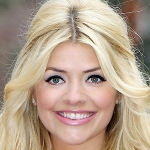 Holly Willoughby 4 of 10