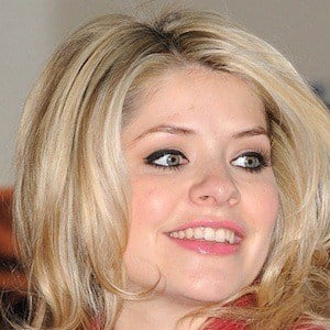 Holly Willoughby 9 of 10